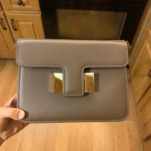 Handbags - pretty cute crossbody purse